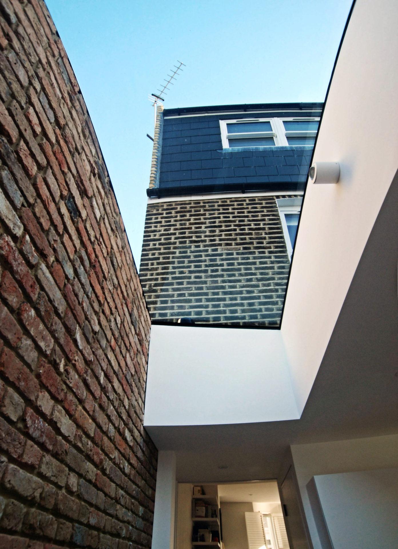 Minimal framless skylight